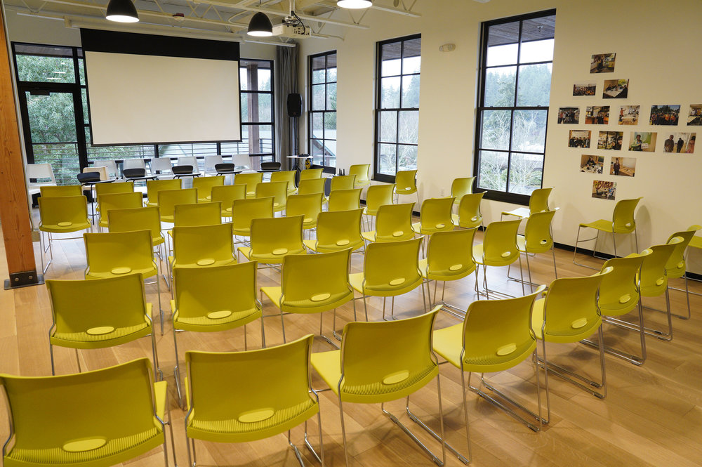 Summit event space - Projector, outdoor deck, kitchen, meeting rooms and a myriad of seating and table configurations.Starting at $120/hour. Please contact us for pricing and availability.Contact us: info@vibecoworks.com