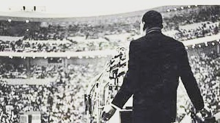 "#MartinLutherKingJR delivering the first rendition of his iconic ""I have a Dream"" speech in #Detroit - June 23, 1963.  #mlkday #mondaymotivation"
