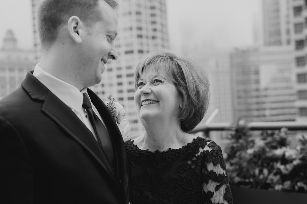 Downtown Chicago Wedding_Polly C Photography 1706134717.jpg