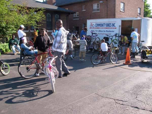 R Community Bikes.jpg