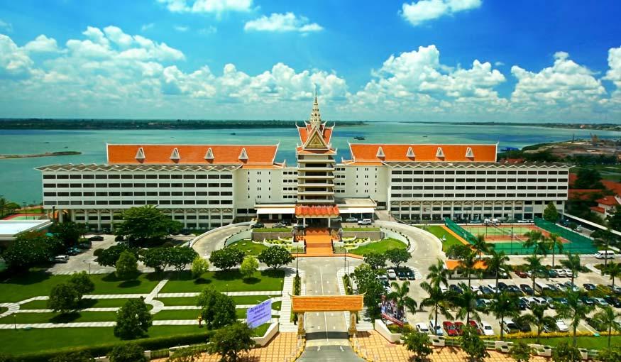 http://www.hotelcambodiana.com.kh/