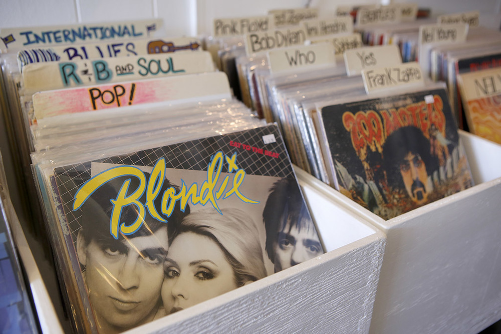 140805mrc-vinyl-guru-02.jpg