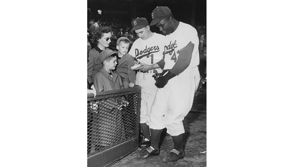1951-1968: Brooklyn Dodgers/Los Angeles Dodgers , Executive Vice President/General Manager     1951, Evit, Peter, and Chris Bavasi with Pee Wee Reese and Jackie Robinson.