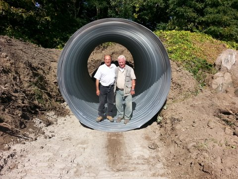 Steel culvert donated by Kingcross Contacting…Armando, machine operator, and Ted Harasti, designer.