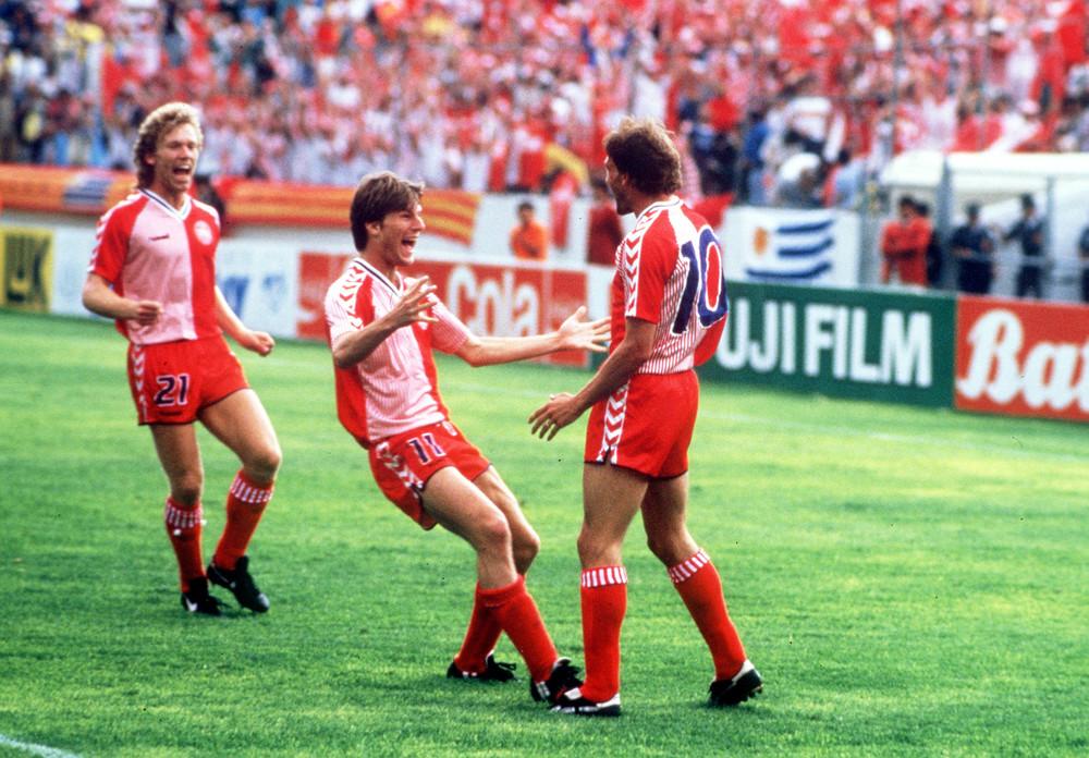 Indberebet af totaloplevelsen - det danske landshold smitter alle under VM i Mexico. Foto: Getty Images.