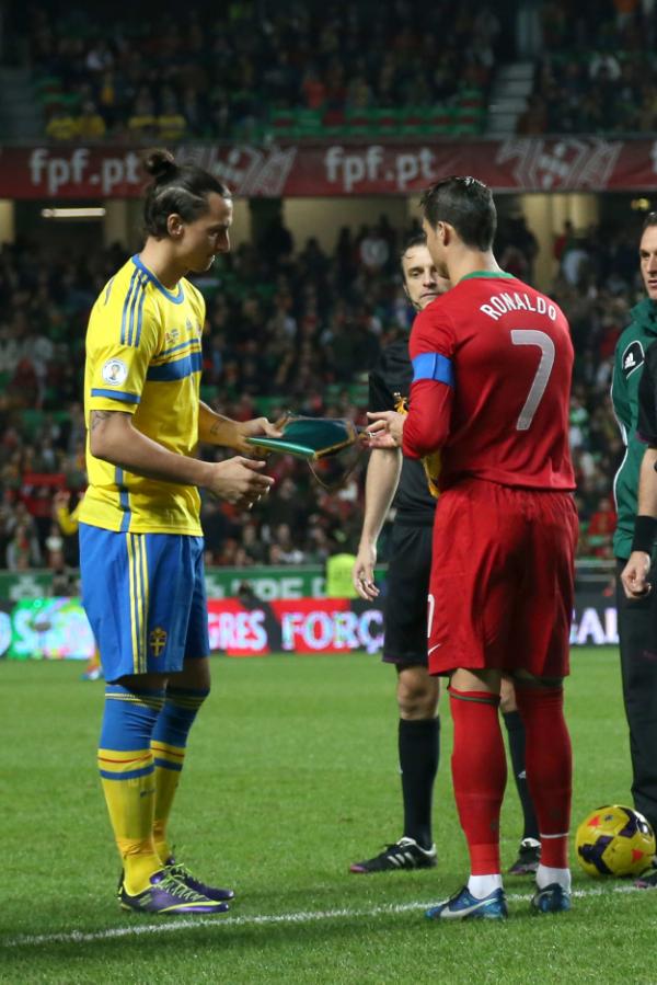 To af EMs største stjerner: Sveriges Zlatan Ibrahimovic og Portugals Cristiano Ronaldo. Foto: Getty Images.