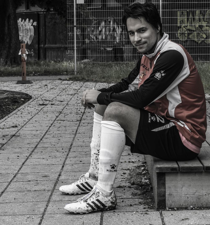 Kaassannguaq Zeeb blev Årets Spiller i Grønland i 2013 og har tidligere optrådt for Svendborg FC. I dag spiller den alsidige midtbanespiller hjemme i Grønland for klubben IT-79. Foto: Malte Lillelund Nørgaard