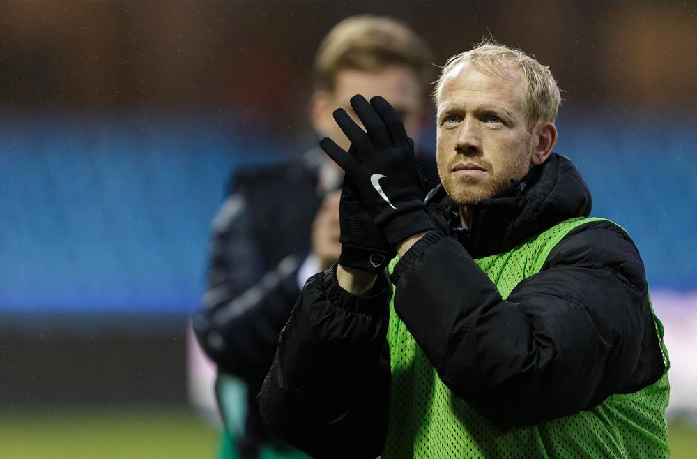 Klublegenden Hans Henrik Andreasen fik ikke lov at sige farvel på banen, og det gav problemer for Jonas Dal. Foto: Getty Images/Allan Høgholm