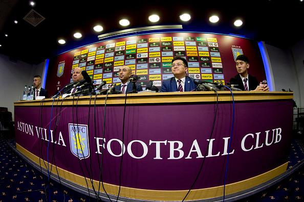 Her fra købet af Aston Villa i år. Foto: Getty Images