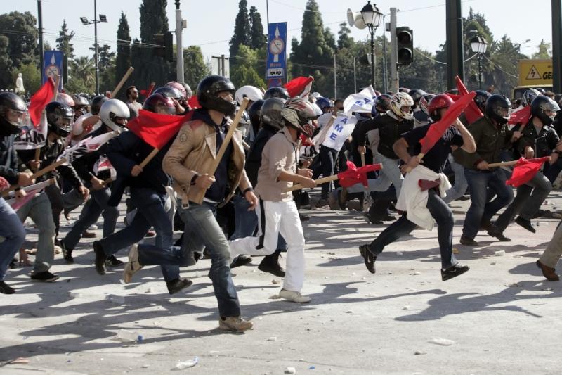 Athen var præget af voldsomme demonstrationer i 2011.   Foto: Milos Bicanski
