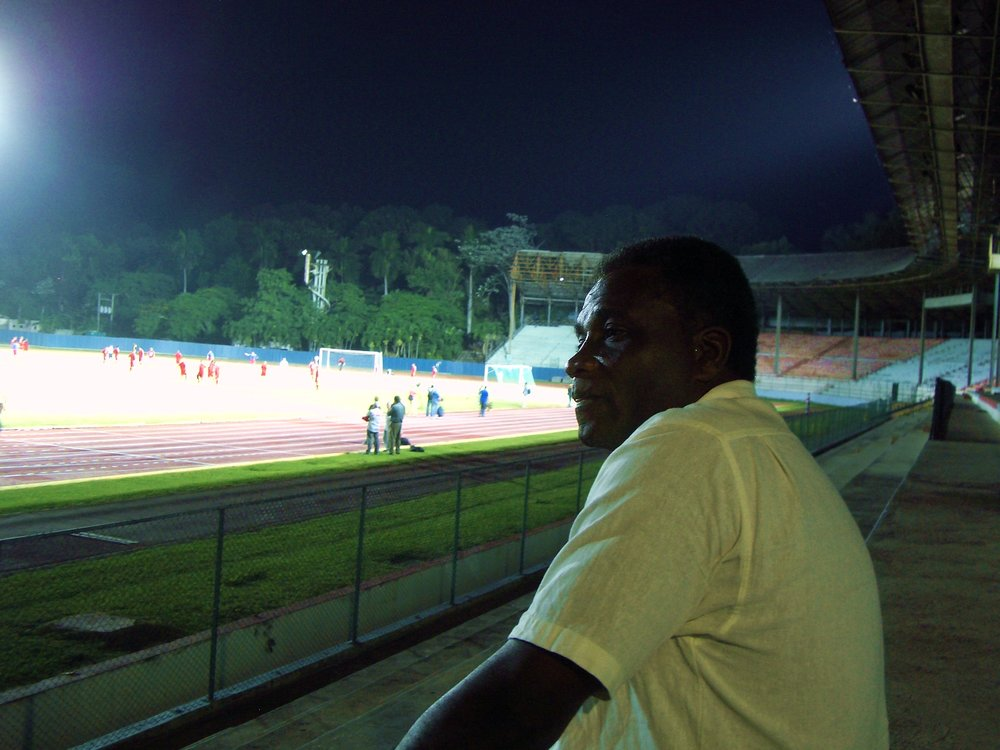 Teknisk direktør for det cubanske fodboldforbund, William Bennett.