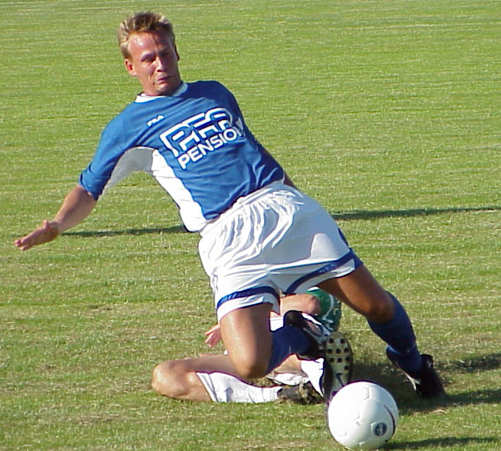 Søren Hermansen i Lyngby-trøjen. Her fra en træningskamp imod AB i sommeren '99.   Foto: Svend Jakobsen