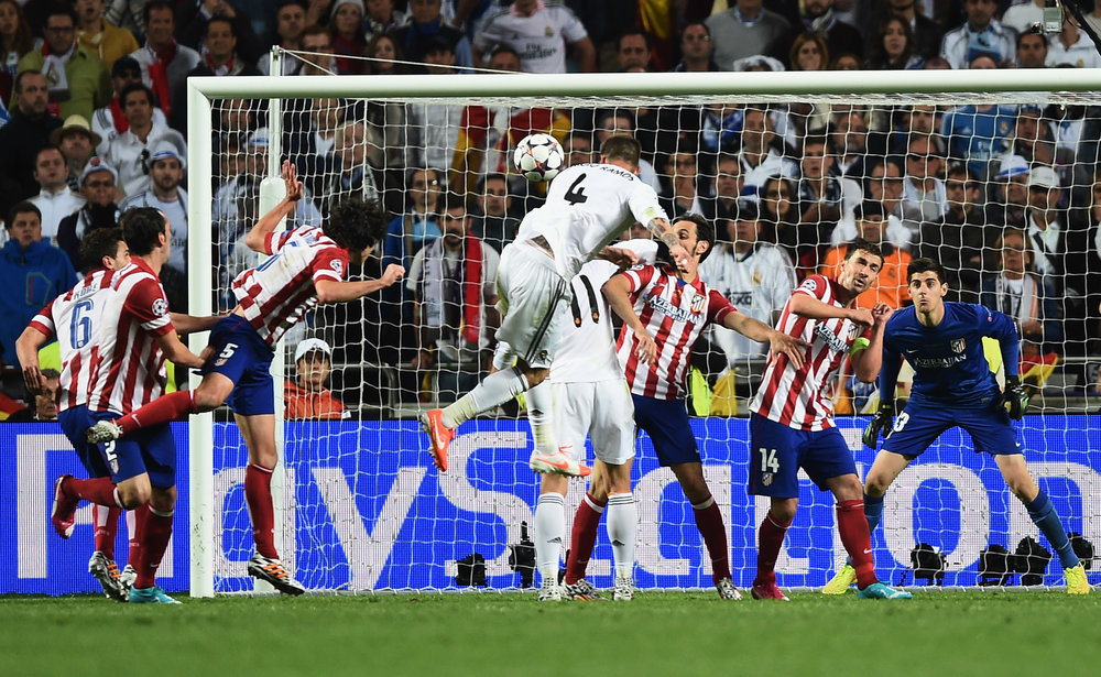 Et af de mange afgørende mål, Sergio Ramos har scoret: udligningen dybt inde i overtiden i Champions League-finalen mod Atletico Madrid. Real vandt 4-1 efter forlænget spilletid.   Foto: Getty Images