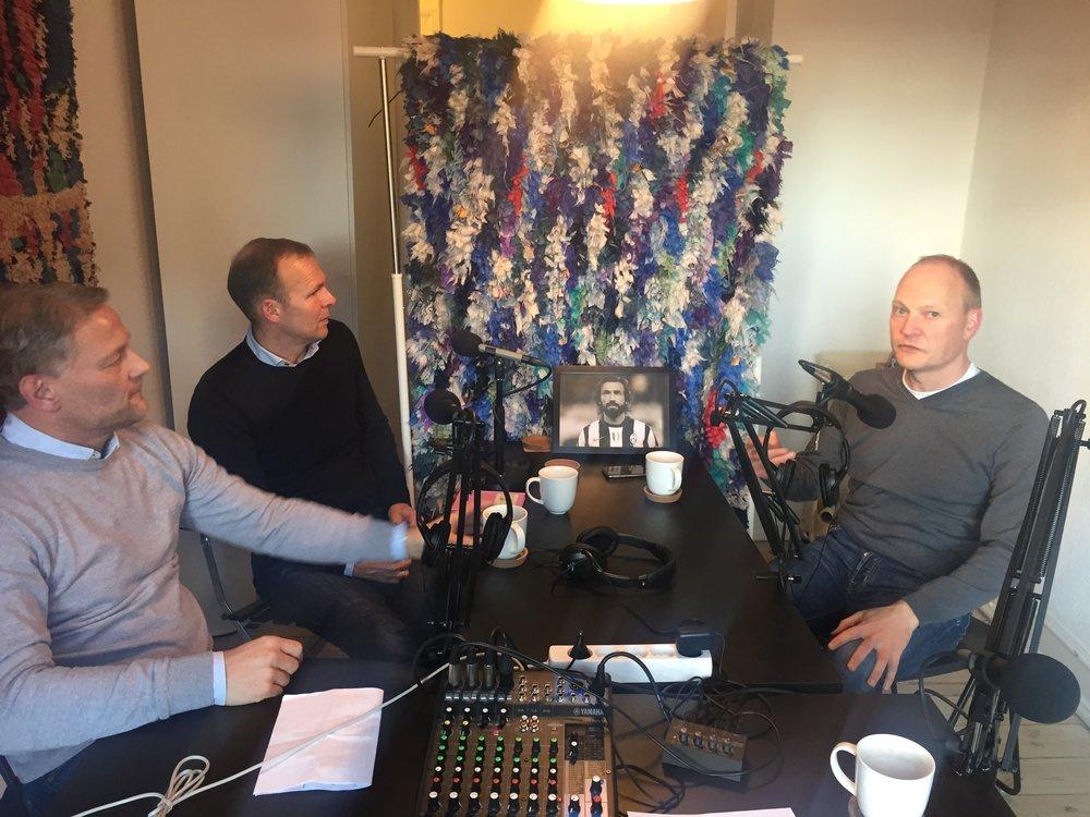 Michael Mio Nielsen, Ole Bjur og Niels Frederiksen i Medianos studie til en diskussion om dansk talentudvikling.