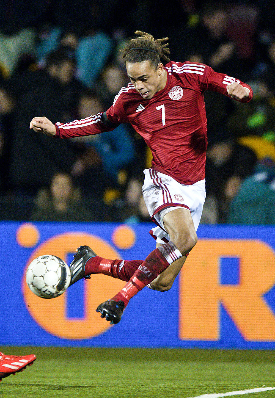 Yussuf Poulsen er en af de spillere, der er født i årets første halvdel og dermed har en fordel på ungdomsholdene.   Foto: Lars Rønbøg/FrontZoneSports/Getty Images