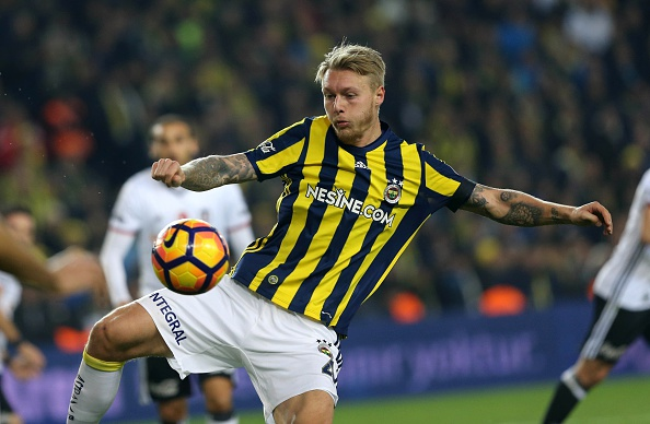 Simon Kjær i aktion for Fenerbahce. Foto: Getty Images/  Veli Gurgah