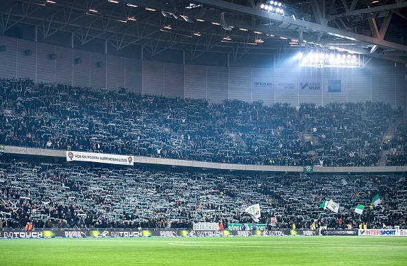 Jo, det ER et skandinavisk fodboldstadion. Hammarby på hjemmebanen Tele 2 Arena i Stockholm. Foto: Getty Images/Marcus Ericsson