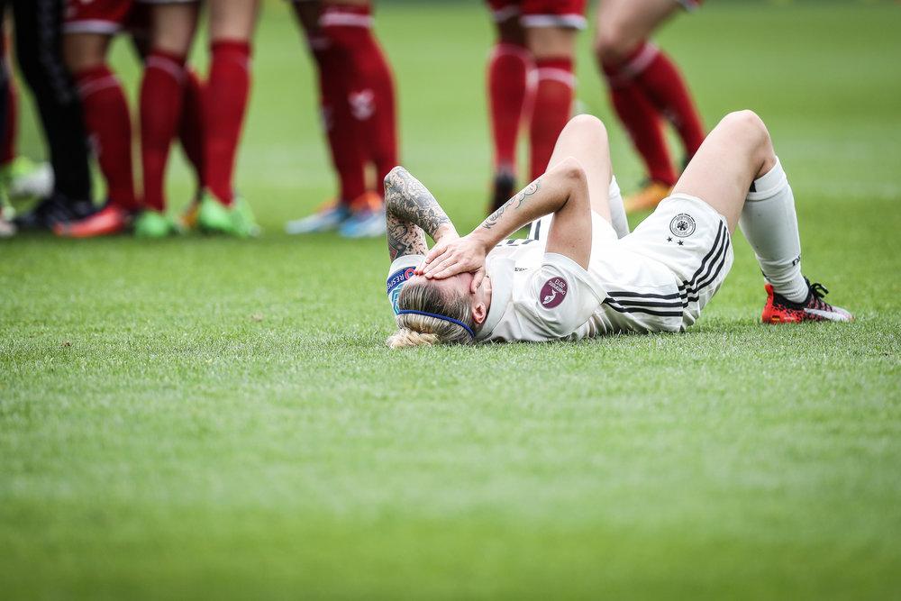 Skuffelsen hos den tyske stjerne Anja Mittag var kolossal efter nederlaget. Foto: Maja Hitij/Getty Images