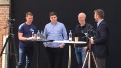 Claus Thomsen er nr. 3 fra venstre. Yderst til venstre er det Brøndbys Lasse Bauer, så AaBs Christian Rothmann og yderst th er det Medianos Peter Brüchmann.