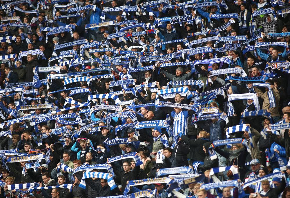 I udsendelsen fortæller Kristian Gotsch, hvorfor f.eks. Hertha Berlin er et interessant sted at studere - her er man nødt til at skabe en fankultur, hvor man også sagtens kan være fan af Dortmund, når man flytter til og gradvist får gode oplevelser ved at gå på stadion for at se Hertha. Foto: Getty Images.