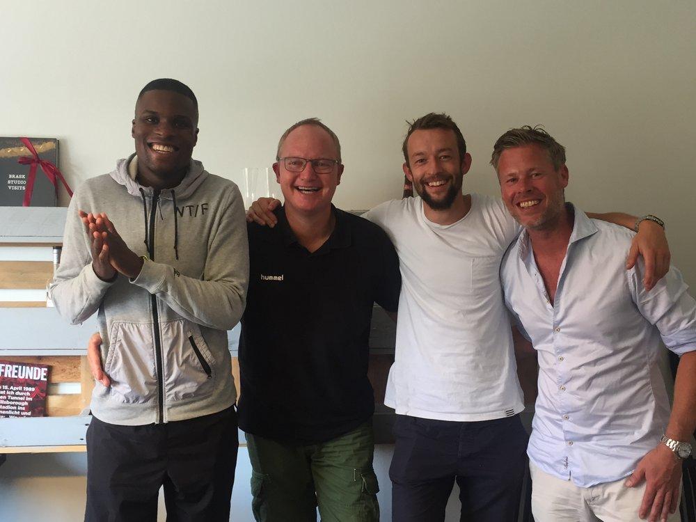 Kig indenfor, når vi optager en podcast med f.eks. Francis Dickoh, Glen Riddersholm, Frank Hjortebjerg - Jacob Staehelin (th) er en af værterne.