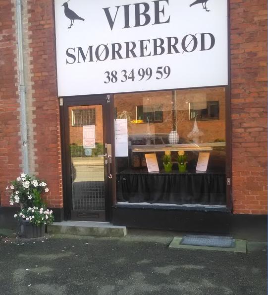 Vi anbefaler varmt frokosten fra Vibe Smørrebrød rundt om hjørnet.