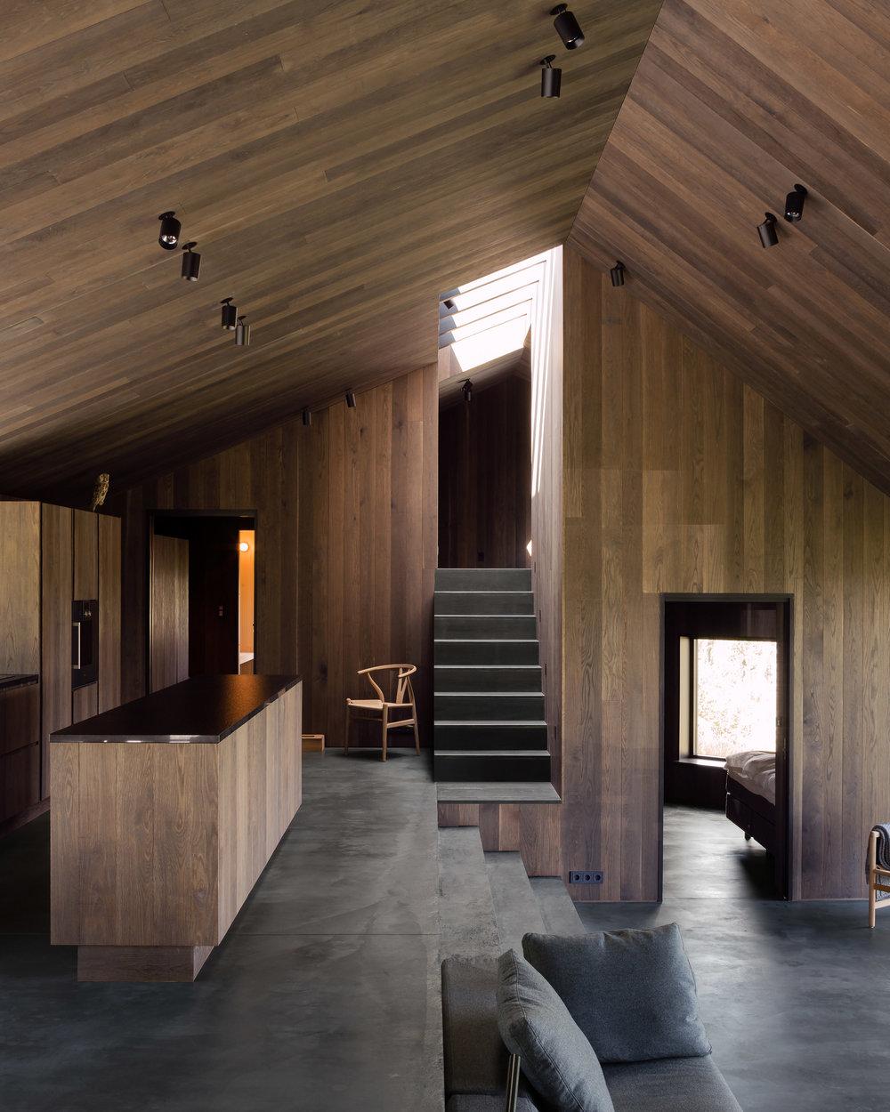 cabin-geilo-norway-lund-hagem-architecture-residential_dezeen_2364_col_2.jpg