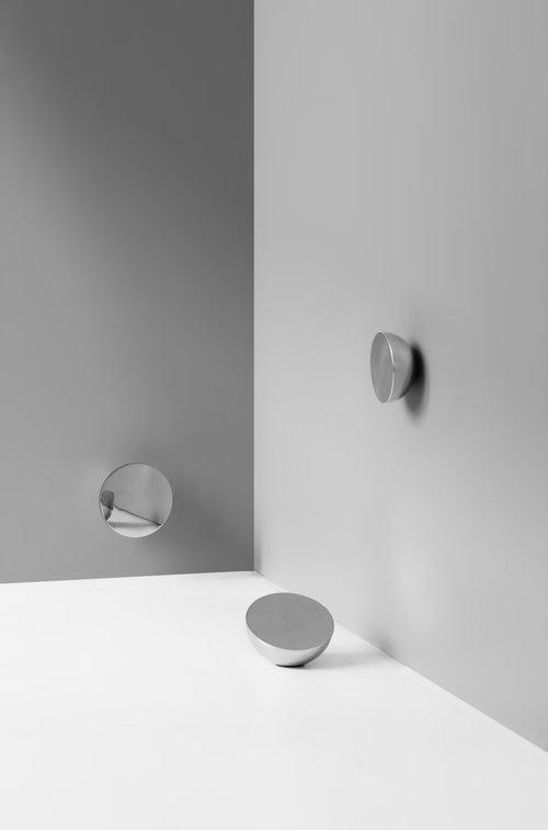 Aura+Mirror+Studio+Low-Res.jpg