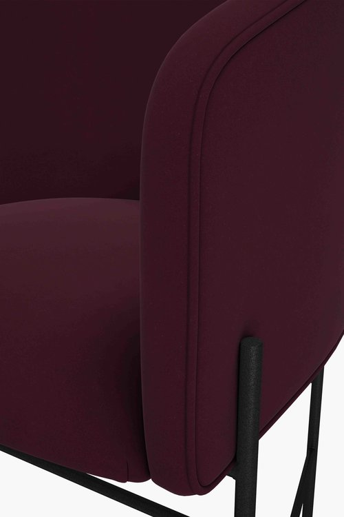 Covent+Chair,+Iron+Black+Frame,+Harald+2+582,+Detail,+New+Works,+Low+Res.jpg