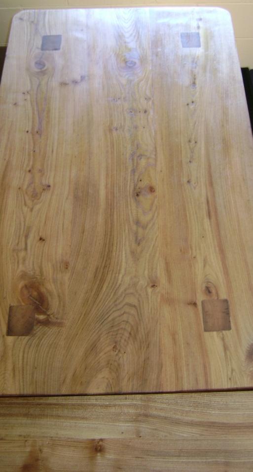 Ulmen Tisch (3).JPG