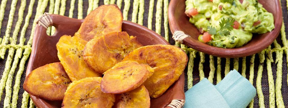 Patacones-con-Guacamole-Kochbananen-mit-Avocadodip_recipestageimage.jpg
