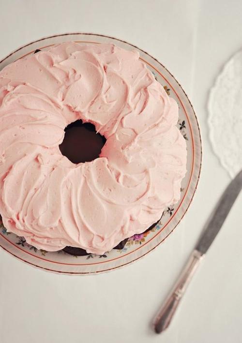 Bohemian Prints Pastel Cake.jpg