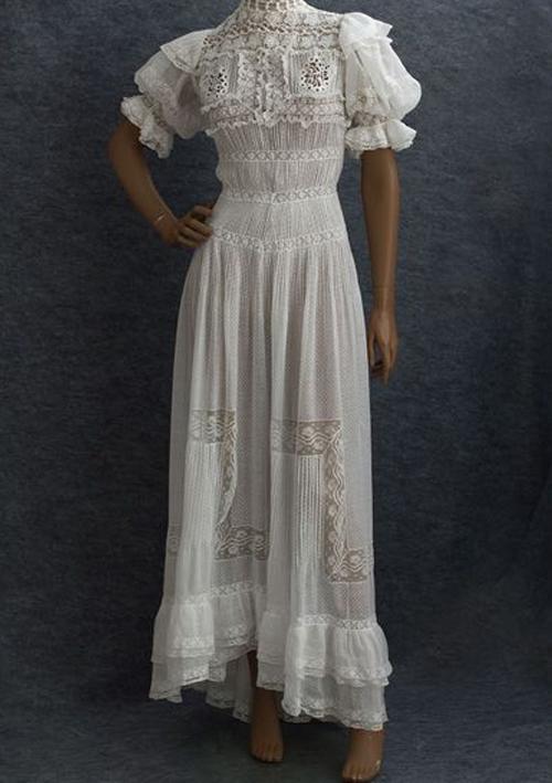 4. Bohemian Prints - Classic Western Bride.jpg