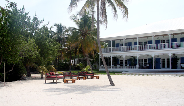 islamorada-wedding-venue-pierres-restaurant-1.jpg