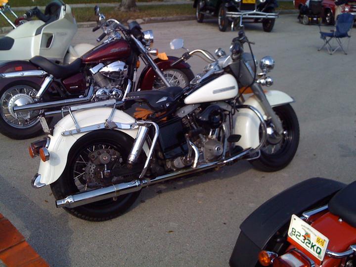 Harley-Davidson-01.jpg
