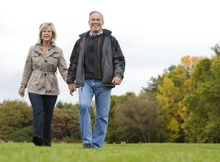 15562790_S_seniors_couple_walking_fall.jpg