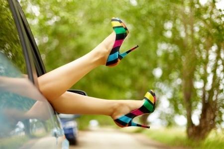 10260246_S_Feet_High Heels_Car_Legs.jpg