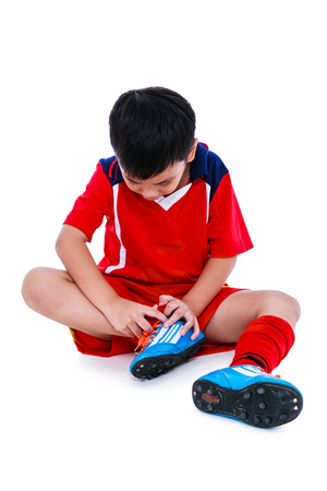 64878555_S_ankle_injury_youth_soccer_boy.jpg