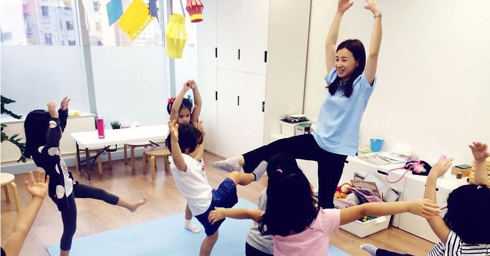 teacher dancing with kids-1200px x 628px.jpg