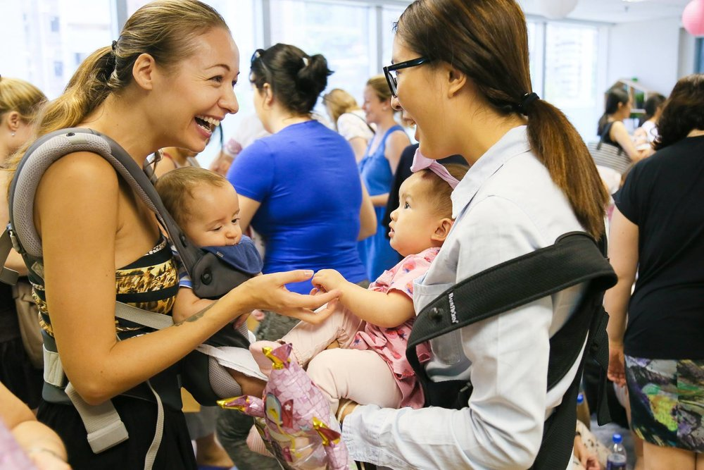 Mulberry House Hosts Moms and Baby Nursing Seminar