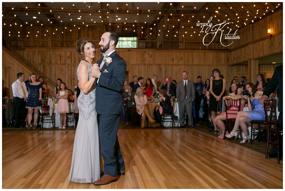Wedding Photographers in Middletown Connecticut.jpg