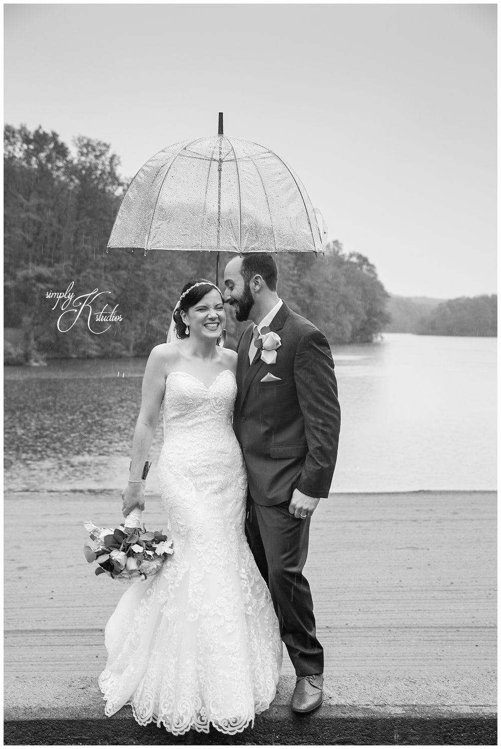 Wedding Photos with Umbrellas.jpg