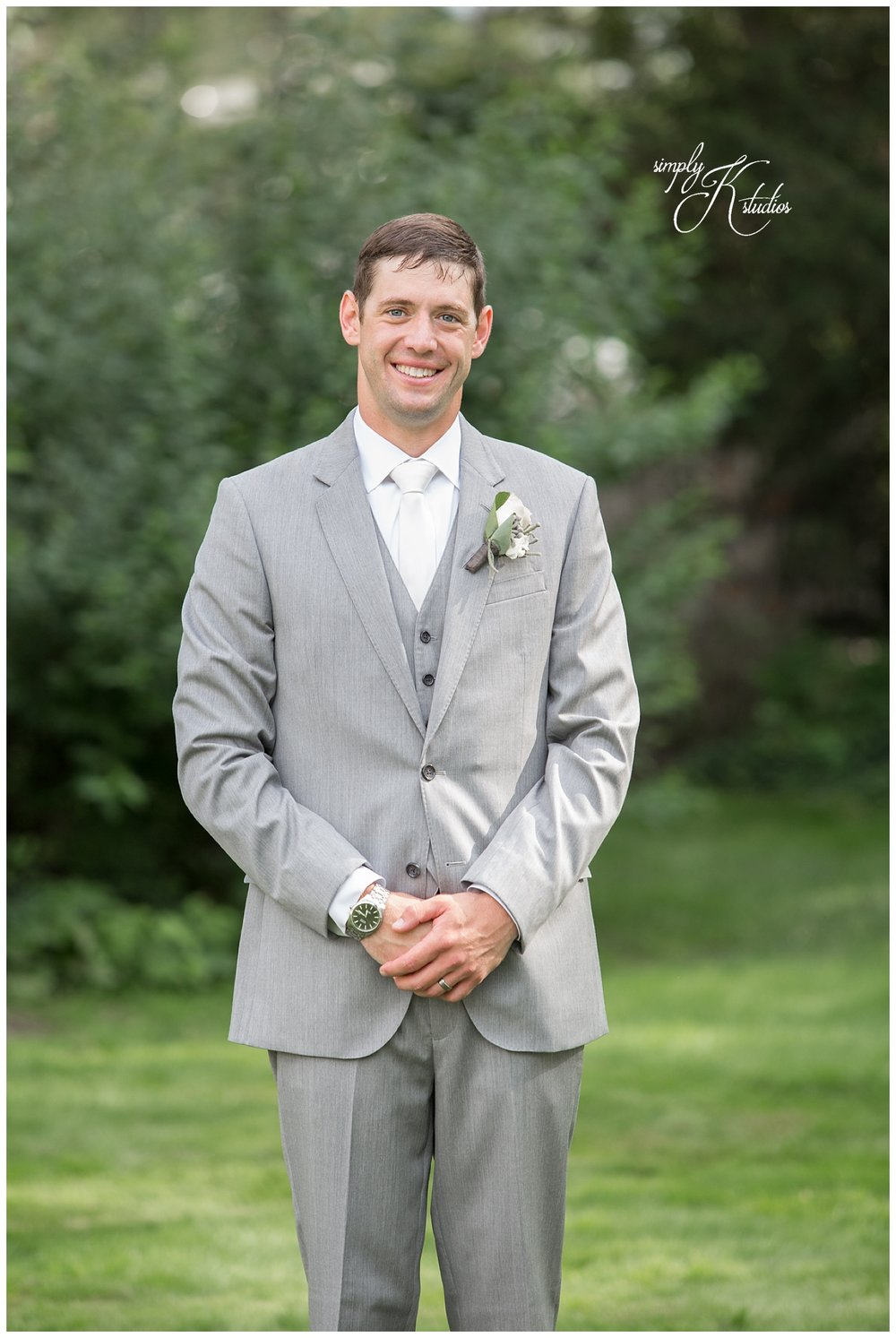 Groom Portraits.jpg