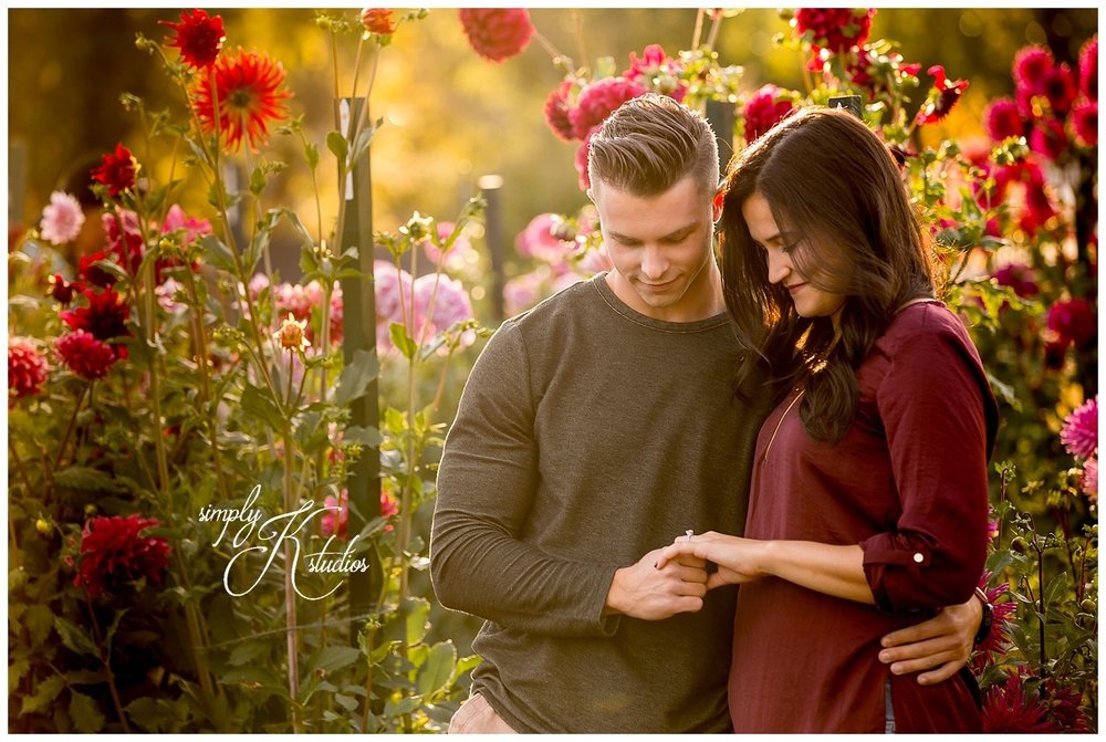 Elizabeth Park Engagement Photos.jpg