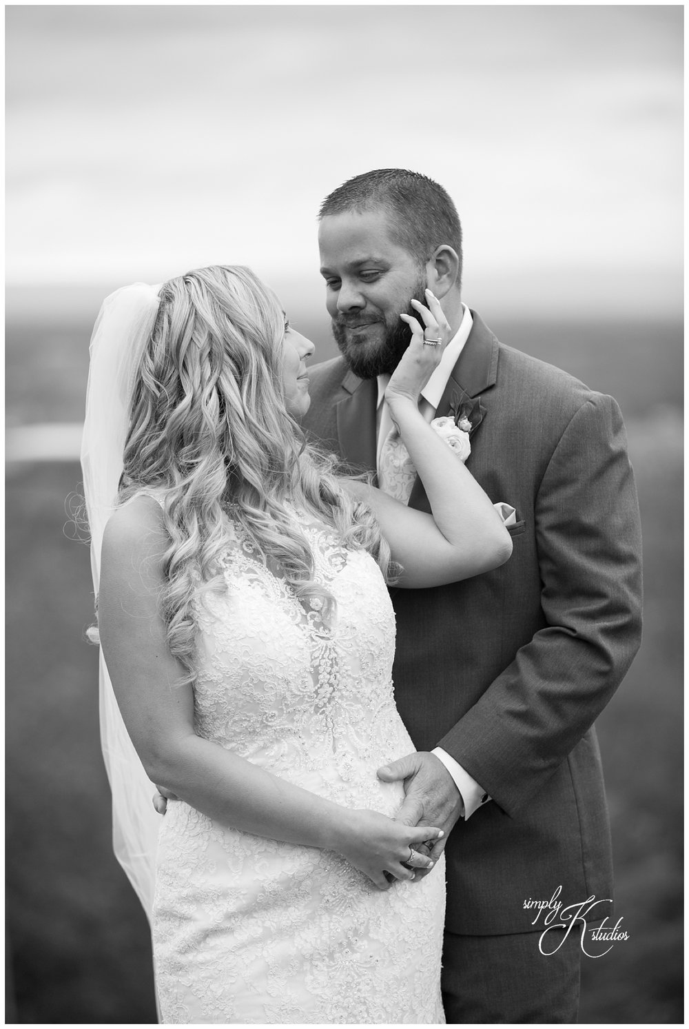 Black and White Wedding Photos CT.jpg