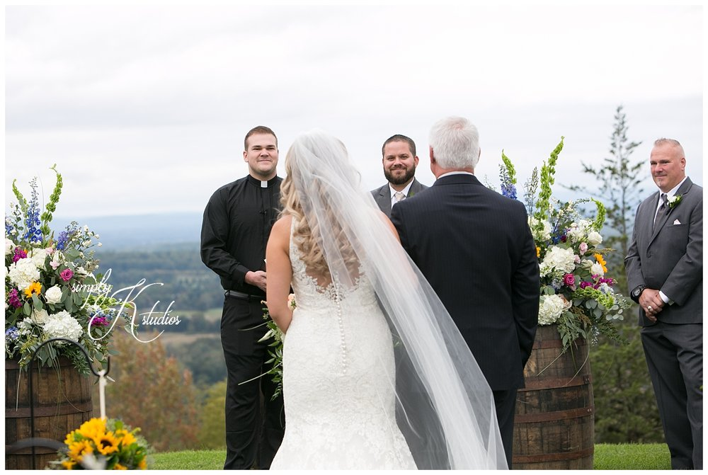 Ellington CT Wedding Photographer.jpg