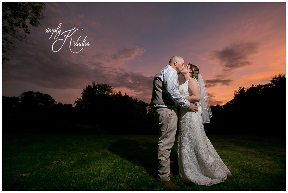Sunset Wedding Photos in Connecticut.jpg