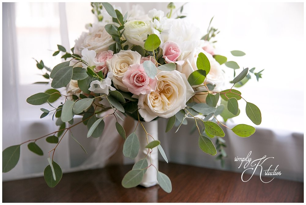 Wedding Flowers near Simsbury CT.jpg
