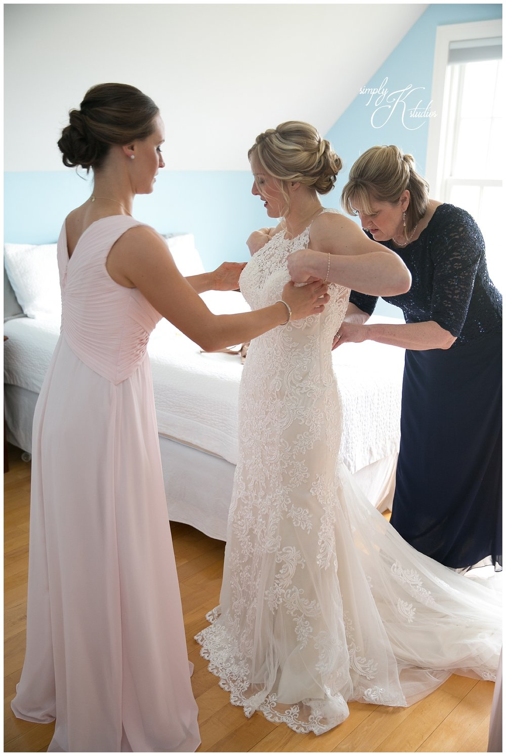 Bride Getting Ready Photos.jpg