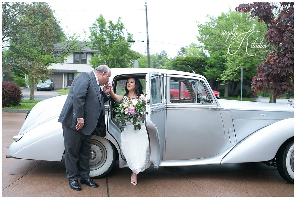 Vintage Cars for a CT Wedding.jpg